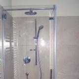 Skleněné dveře do sprchového koutu